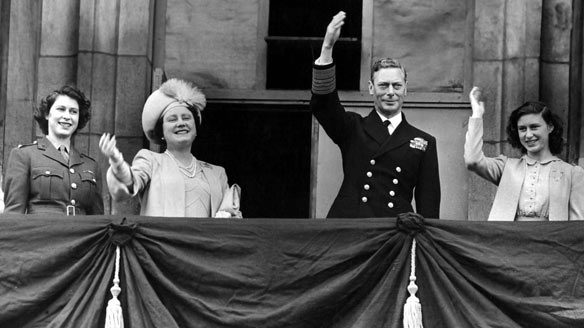 King George vi and Queen Elizabeth, photo during speech